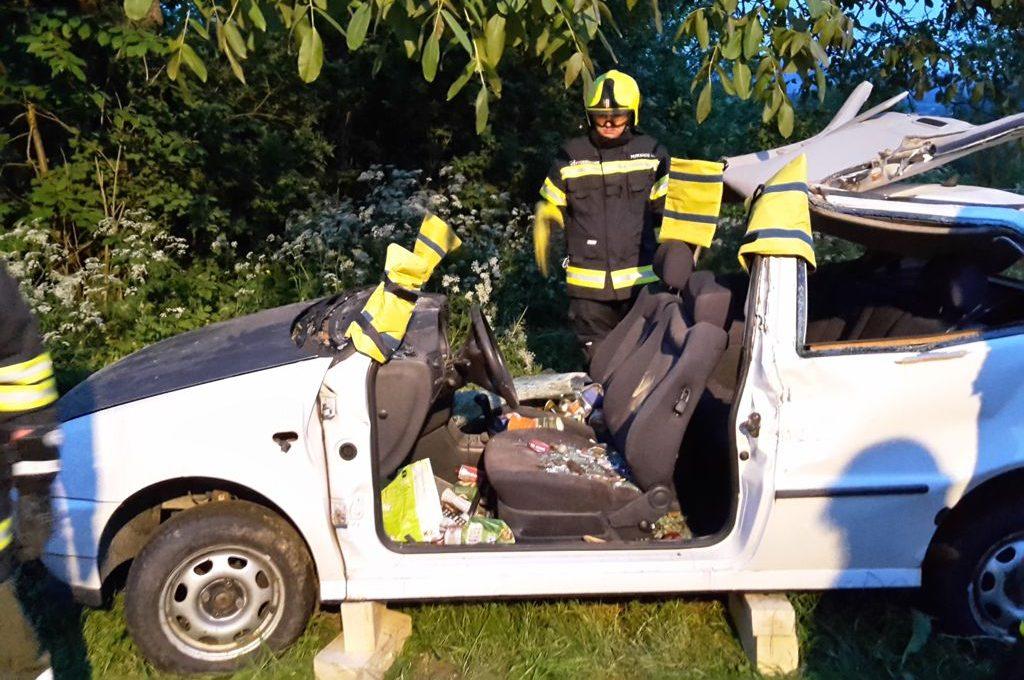 Übung mit dem hydraulischen Rettungsgerät 03.05.2018