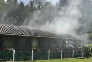 Brand eines Wochenendhauses im Großen Rodltal